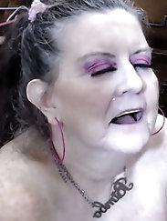 Granny sucking dick 3
