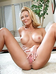Gorgeous older milf for every taste
